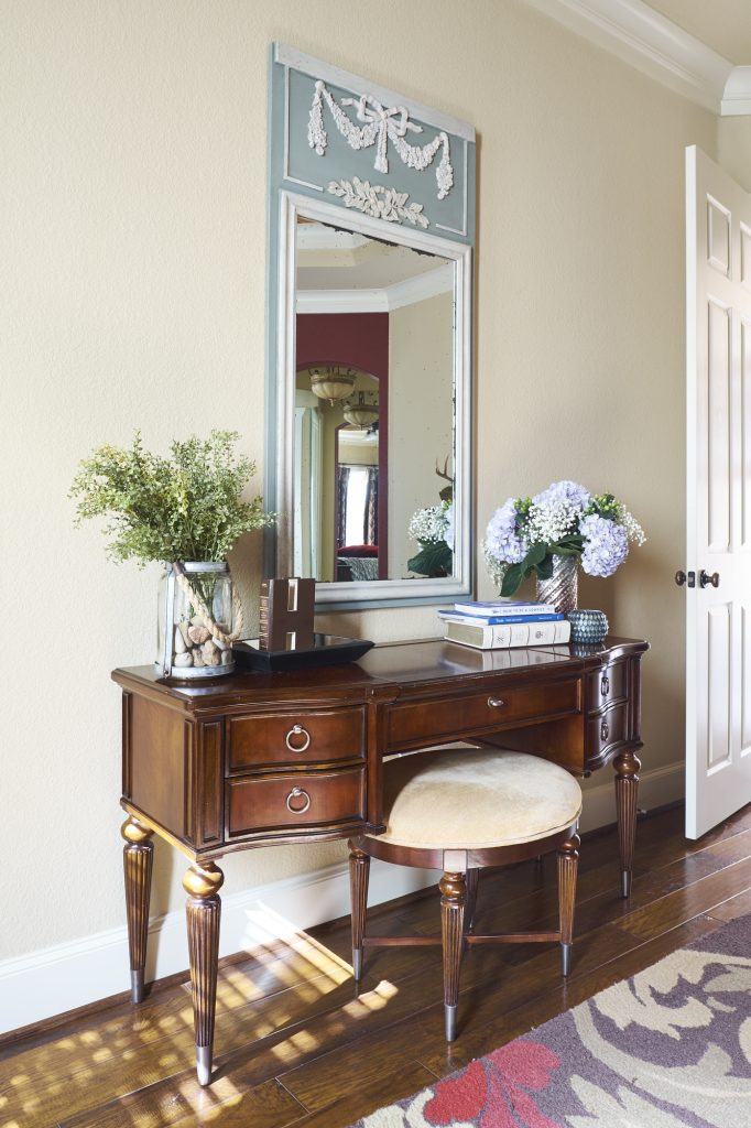 5 reasons not to hire an interior designer courtney - Interior decorating jobs dallas tx ...