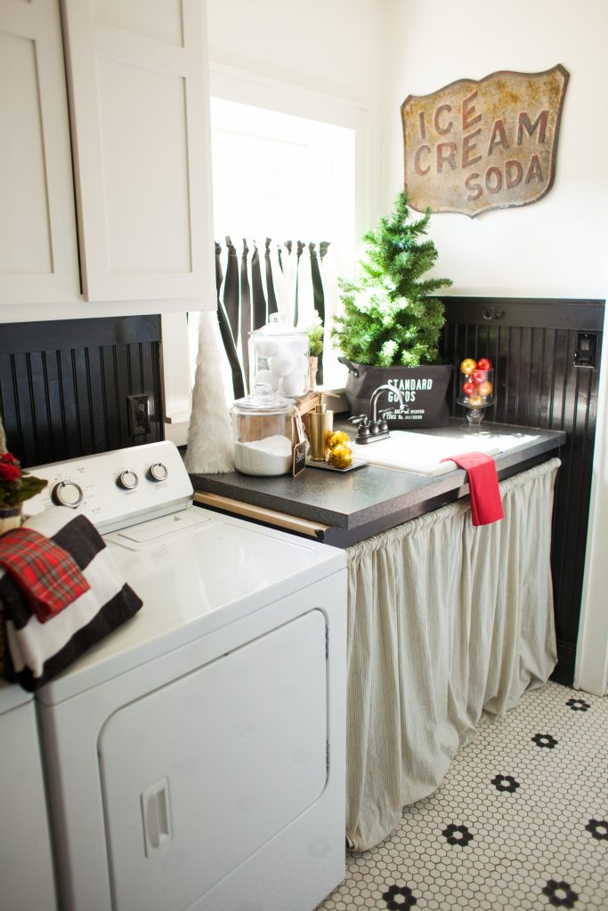 laundry room christmas