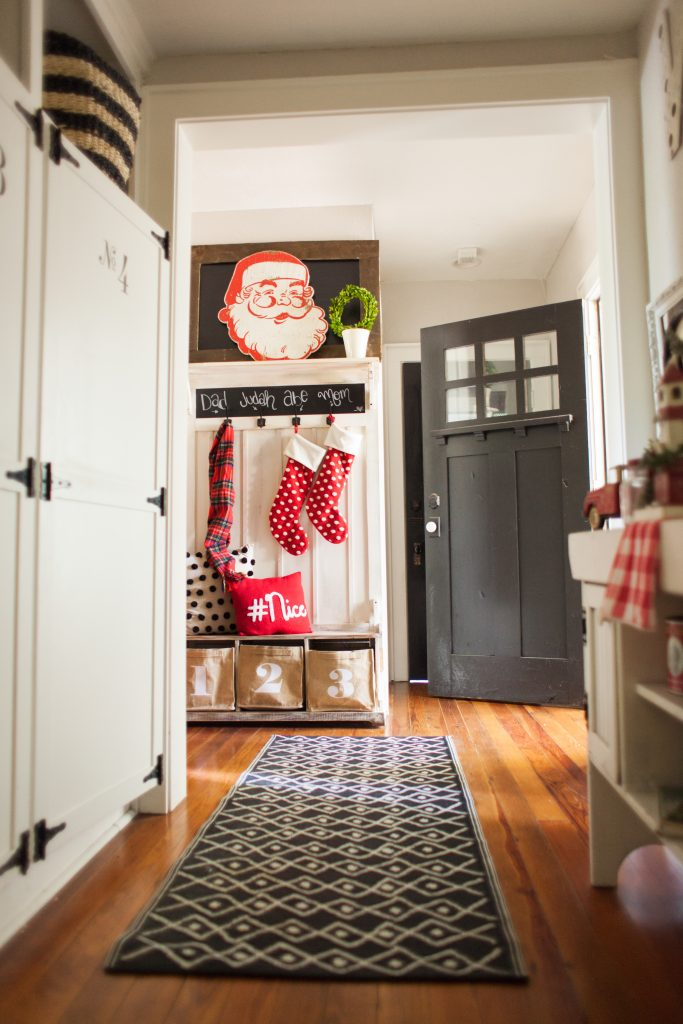 mudroom christmas decor