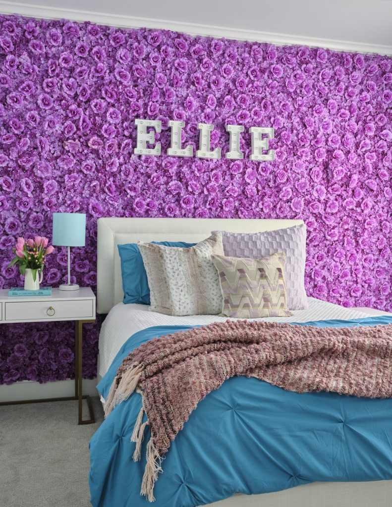 girls bedroom floral wall